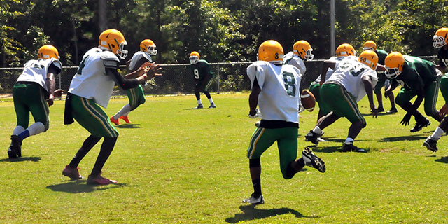 Football Preview: Clover Hill