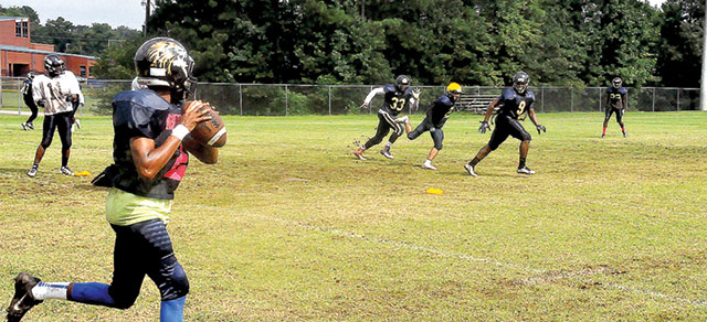 Football Preview: Meadowbrook