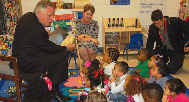 Gov. McAuliffe Reads to Ecoff Elementary Pre-K Class