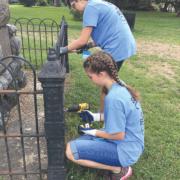 Local LDS teens spruce up Petersburg park, high school
