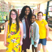 American Idol contestant visits elementary students