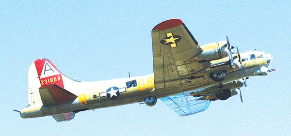 B-17 bomber crashes